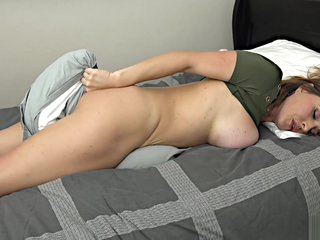 Krissy Lynn young mom solo in bed