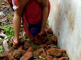 Devar Outdoor Fucking Indian Bhabhi In Abandoned House Ricky Public Sex