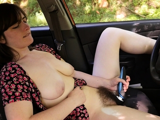 Raven Snow loves switching up where she orgasms. The car,