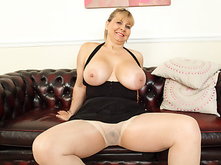 Buxom and British: OWF presents BBW milf Alexa
