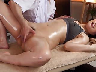 Ai Sayama in Ai Sayama Gets A Full Body Massage - MilfsInJapan