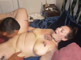 Sexy cuckoldress wife enjoying herself