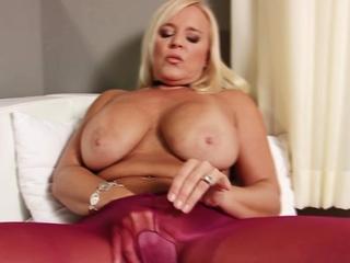 Stepmom puts on pantyhose and masturbates passionately
