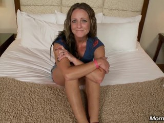 Cute MILF get's her pussy banged in POV