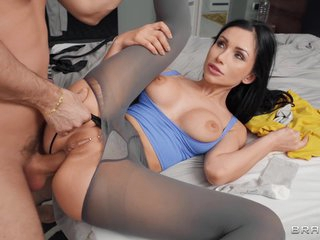 Sasha Rose - Roommates With Anal Benef