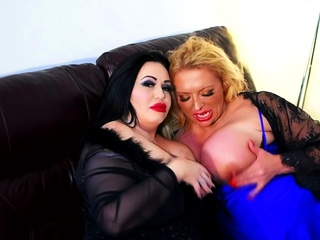 Blonde with Big Boobs Gives Blowjob to Her Dildo on Liv more