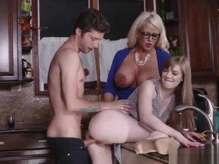 Sweet Horny Babe Allura Jensen Felling Hot